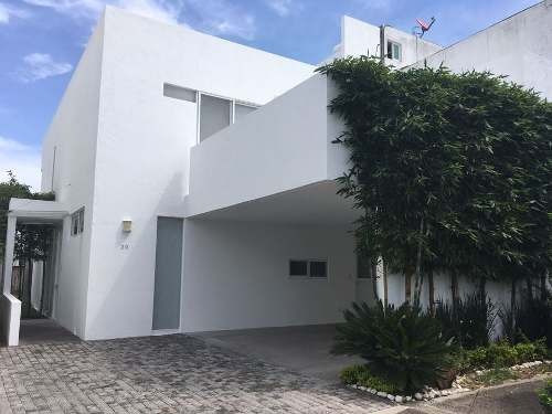 Rcv - 1652. Casa En Venta Lomas De Angelópolis Ii En San Andrés Cholula Puebla