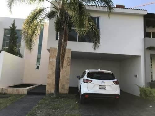 Excelente Casa En Puerta Del Valle