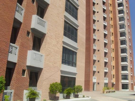 Apartamento En Venta Zona Este Barquisimeto Lara 20-7513