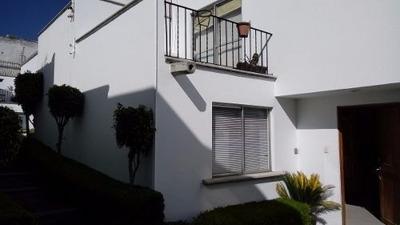 Vendo Casa 3 Habitaciones 4 Baños 2 Estacionamientos