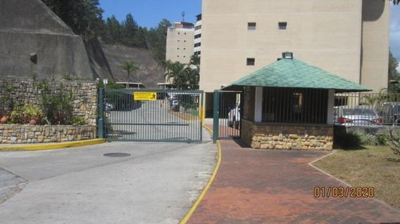 Apartamento En Lomas De Prados Del Este Mls#20-18337md