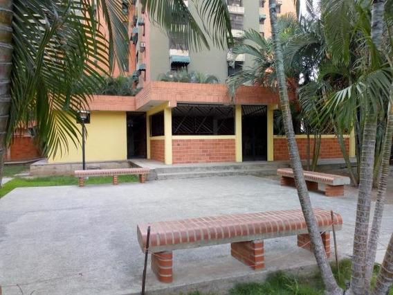 En Venta Apartamento En Urbanismo Estrategico.cod 20-2971 Sh