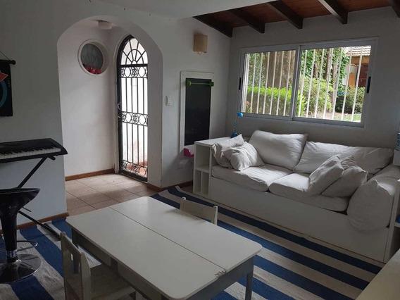 Casa Con Jardin Y Pileta