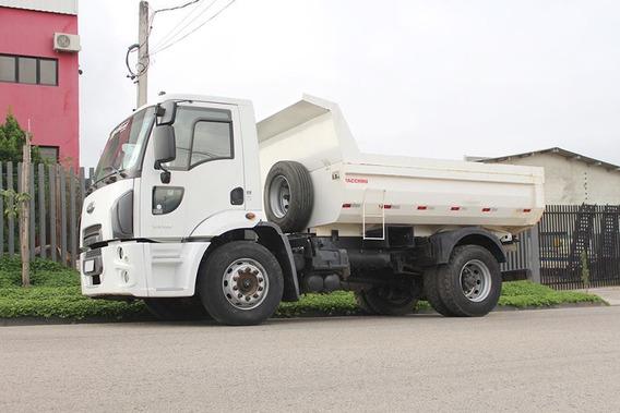 Ford Cargo 1519 (4x2) Caçamba 2013
