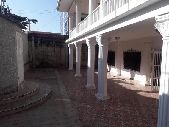 Casa En Alquiler En El Limon 04121994409