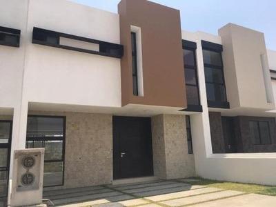 Casa Sola En Venta Residencia En Privada, Salida A Actopan. Equipada, Moderna. Elige Lo Mejor.