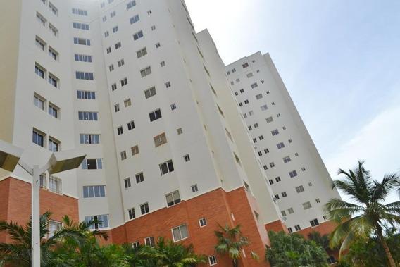 Apartamento En Alquiler. El Milagro. Mls 20-20650. Adl.