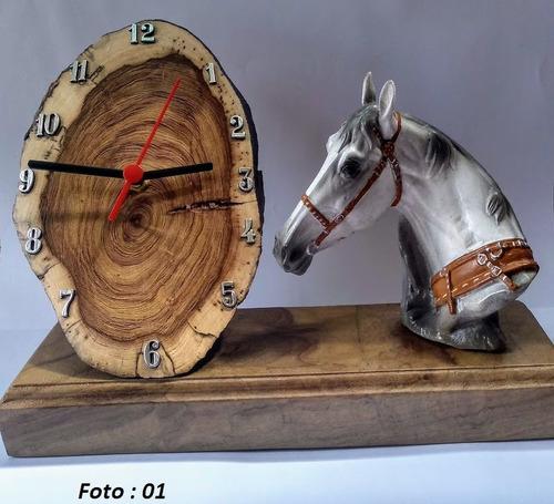 Relógio Rústico De Estante Cavalo Resina Envio Imediato