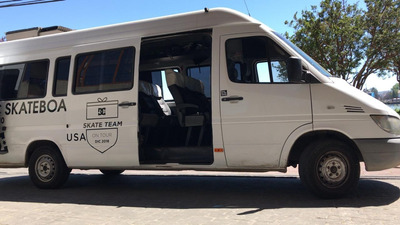Viajes Especiales, Dentro Y Fuera De Santiago