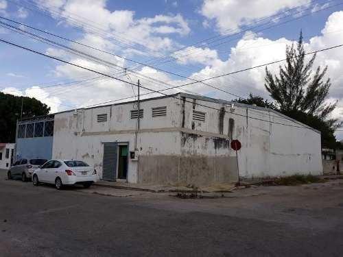 Bodega En Renta En Esquina En El Sur De La Ciudad De Mérida Yucatán , Con Oficinas