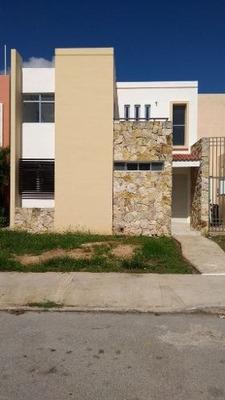 Casa En Renta Frente A Parque En Gran San Pedro Cholul