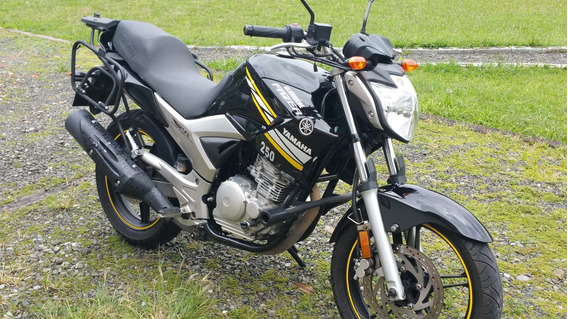 Vendo Yamaha Fazer 250 Injection En Perfecto Estado.