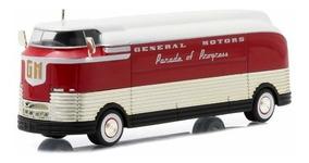 General Motors Futurliner 1940 Parade Of Progress 1:64 Green
