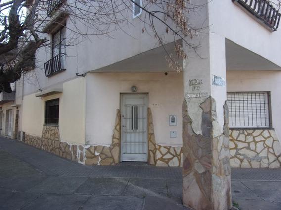 Casa - Larrea 998 Planta Baja Azcuenaga