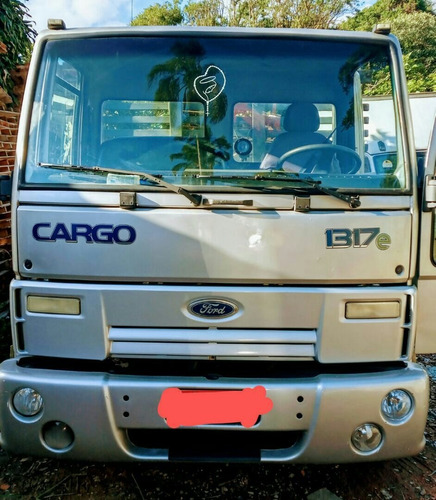 Imagem 1 de 11 de Ford  Cargo 1317e