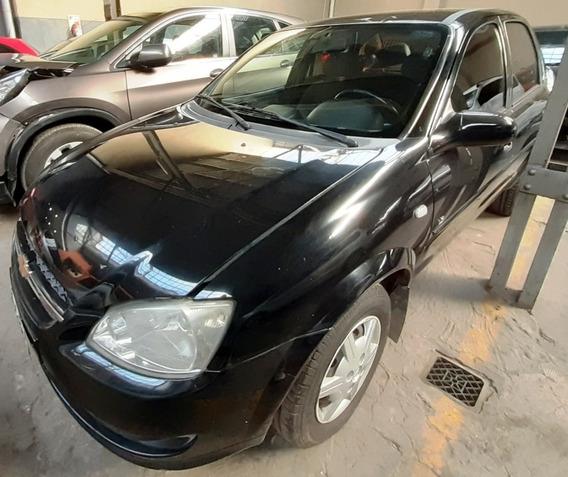 Chevrolet Classic Ls - Chocado