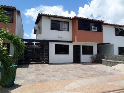 Townhouse Venta El Remanso, La Morita I 19-2677 Hcc