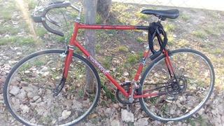 Bicicleta De Carreras,le Puse El Cubre Manubrio.rodado 28!!!