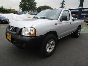 Nissan D-22