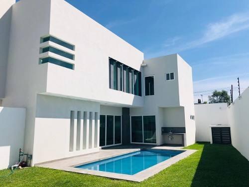 Casa En Venta En Oaxtepec, Morelos, Alberca, Roof Garden