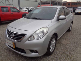 Nissan Versa Advance Autom