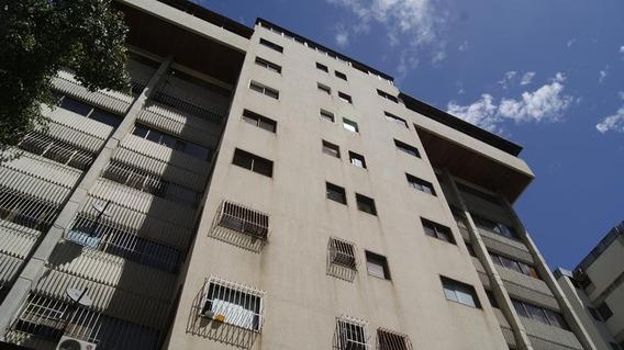 Apartamento En Venta La Florida 20-15718 Fn