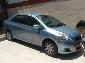 Toyota Yaris Sedan Premium Automatico