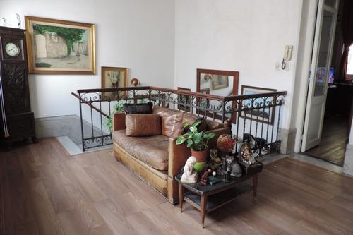 Casa De Altos - 5 Dormitorios - 2 Baños