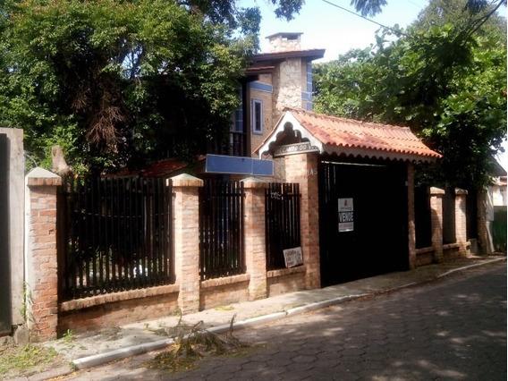 Casa Para Venda No Centro Em Balneário Piçarras - Sc - 84