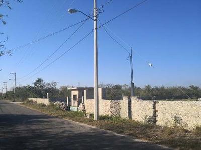 Terreno En Venta Al Norte De Mérida En Komchen, Yucatán