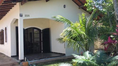 Casa Na Praia De Itanhaém! Com 2 Quartos,escritura. Visite!