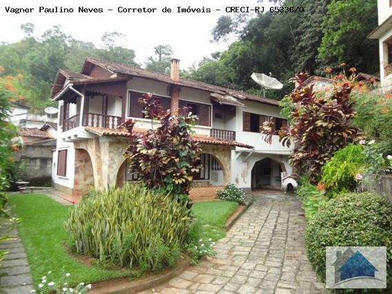 Casa Para Venda Em Areal, Centro, 4 Dormitórios, 2 Banheiros, 4 Vagas - Cs-1045