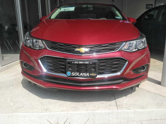 Chevrolet Cruze Rojo 2018 Lt