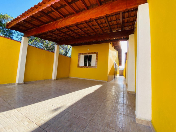 Casa Com Piscina Na Praia De Mongaguá!!