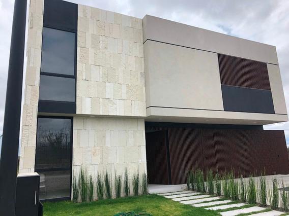 Venta Residencia Lomas Del Campanario Norte, Querétaro