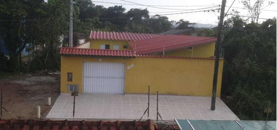 Casa Nova À 2 Km Da Praia - Ótimo Para Um Hostel - Itanhaém