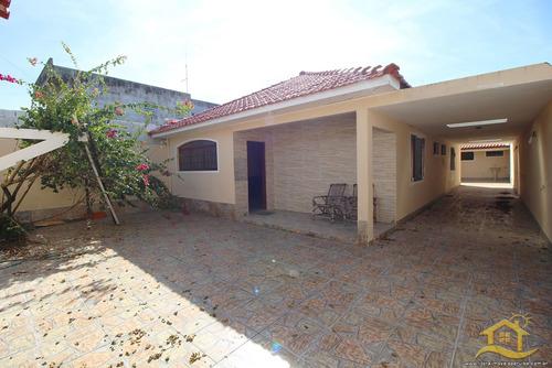 Casa No Bairro Jardim Brasil Em Peruíbe - 2915