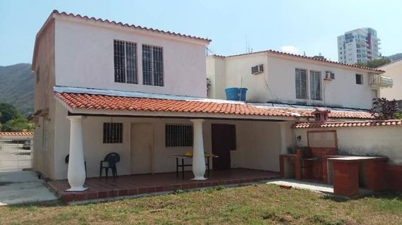 Oportunidad Casa De Dos Niveles En La Trigaleña