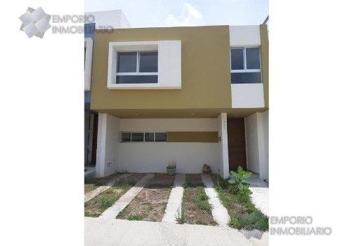Casa Renta El Origen Coto Torrenta $10,700 A257 E1