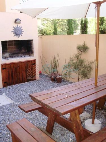 Casa En La Barra, 3 Dormitorios *- Ref: 3565