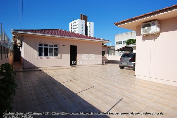 Casa Três Dormitórios Com Suíte Em Areias . - 4181