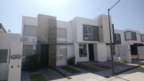 Casa En Venta En San Isidro, Juriquilla