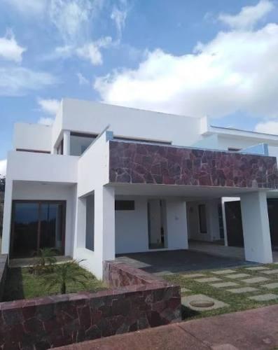 Venta De Villa B Nayar, Frente A La Playa