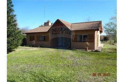 Casa Quinta En Moreno 4 Ambientes Con Pileta