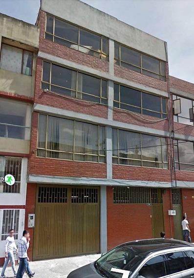 Amplia Bodega Barrio Restrepo