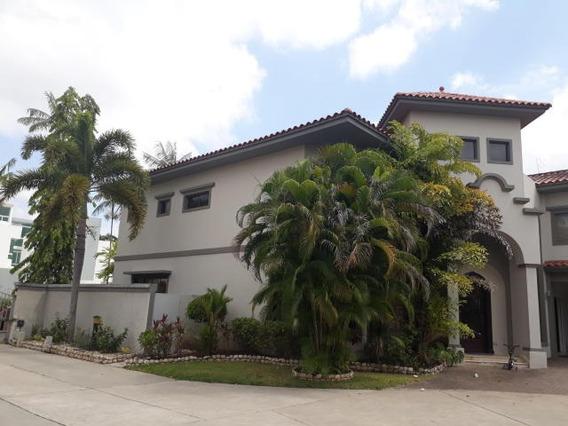 Casa Exclusiva En Ph Colonia Del Este, Costa Del Este 181775