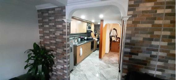 Casa Unifamiliar En Venta - Robledo Cod: 19196