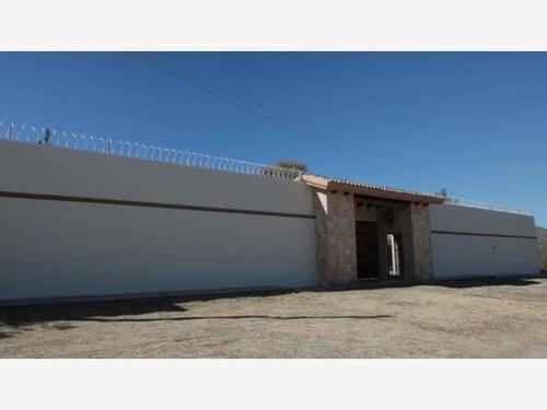 Imagen 1 de 12 de Casa Sola En Venta San Vicente De Chupaderos