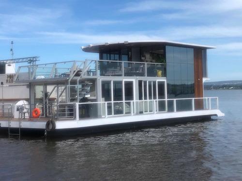 Boat House Reali !!