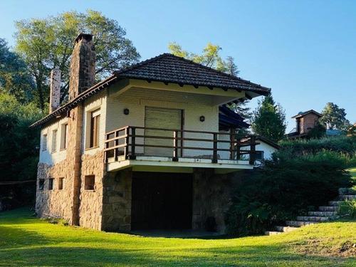 Venta De Casona En Villa Berna